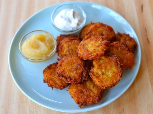 Crispy Yukon Gold LatkesPotatoes Cake, Easy Recipe, Gold Latkes, Yukon Gold, Dairy Free, Potatoes Latkes, Gluten Free Recipes, Crispy Yukon, Glutenfree