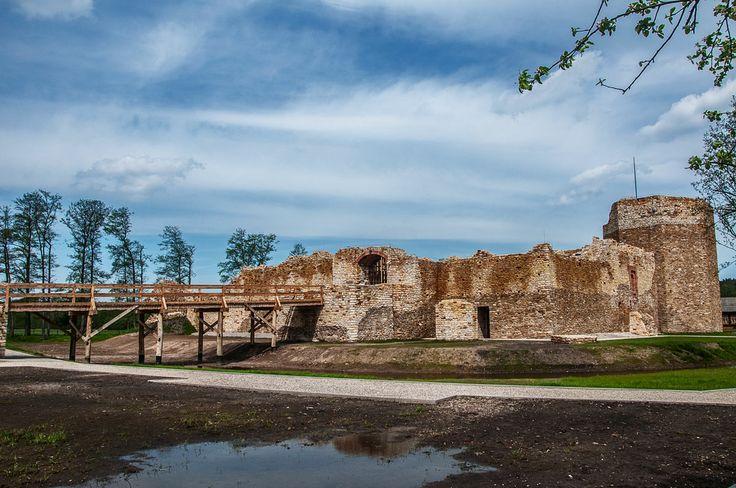 Poland Inowlodz - Castle Casimir the Great / Inowłódz - zamek Kazimierza Wielkiego