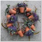 10 Absolutely Fabulous DIY Tutorials! 6. Easy Flower Pot Wreath