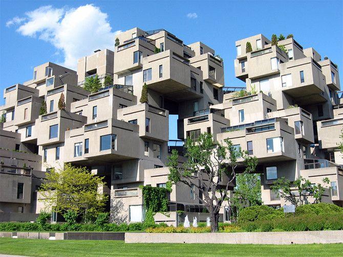Хабитат 67  Монреаль, Канада  Эти 354 куба из бетона, отдаленно напоминающие жилые помещения, спроектированы архитектором Моше Сафди в 1966—1967 годах. Выглядящие так, будто их собирали из кубиков лего, эти квартиры служат напоминанием жителям Монреаля о перенаселенности современных городов. Однако его жильцов совершенно не радует тот факт, что Хабитат 67 признан паркурщиками всего мира как самый удобный дом для тренировок и соревнований.   Источник: http://fishki.net/1435930-10-domov-bros