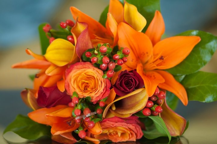 Bridal Bouquet Of Orange Lillys Mango Miniature Calla