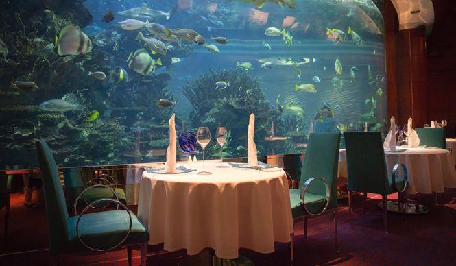 「世界にひとつの7つ星ホテル」 ブルジュ・アル・アラブ