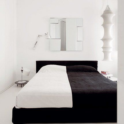 Contemporary Bedrooms, Blackandwhite, Colors Bedrooms, Bedrooms Design, Black And White, White Bedrooms, Black White Beds, Bedrooms Ideas, Modern Bedrooms
