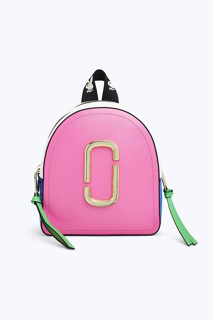 2269724c2010 Marc Jacobs The Pack Shot in Vivid Pink
