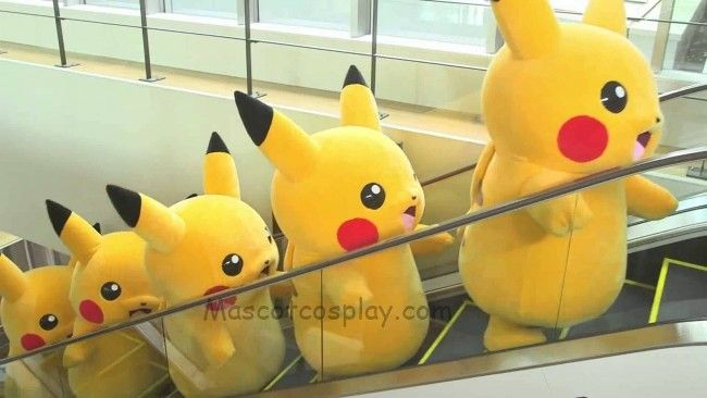 Japanese Pikachu Pokemon Go Mascot Costume Fancy Dress Outfit