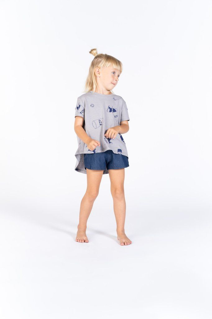 5dc75b1c1 OMAMImini A classic runner shorts design with a twist (chambray fabric!).  Featuring