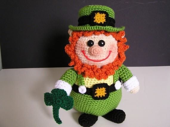 HAPPY SAINT PATRICK'S DAY!  Stop by the Yarns By Design boutique today (Tuesday, March 17th, 2015 between 10-7pm), mention 'Leprechaun' and receive 10% off all full-priced green yarn purchased.   #happysaintpatricksday #leprechaun #fourleafclover   photo ©  bvoe668
