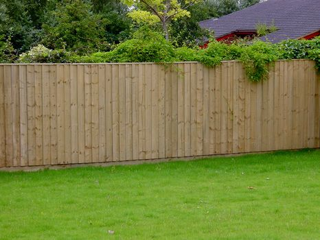 Closed board fencing
