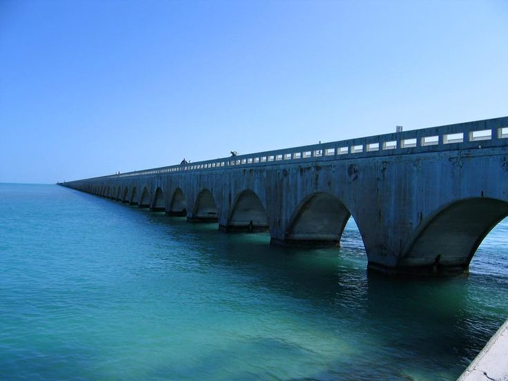 #travelinspo Florida Keys, United States. Get your travel & style on a silver platter at www.thechictravelclub.com Be sure to join us at www.facebook.com/thechictravelclub