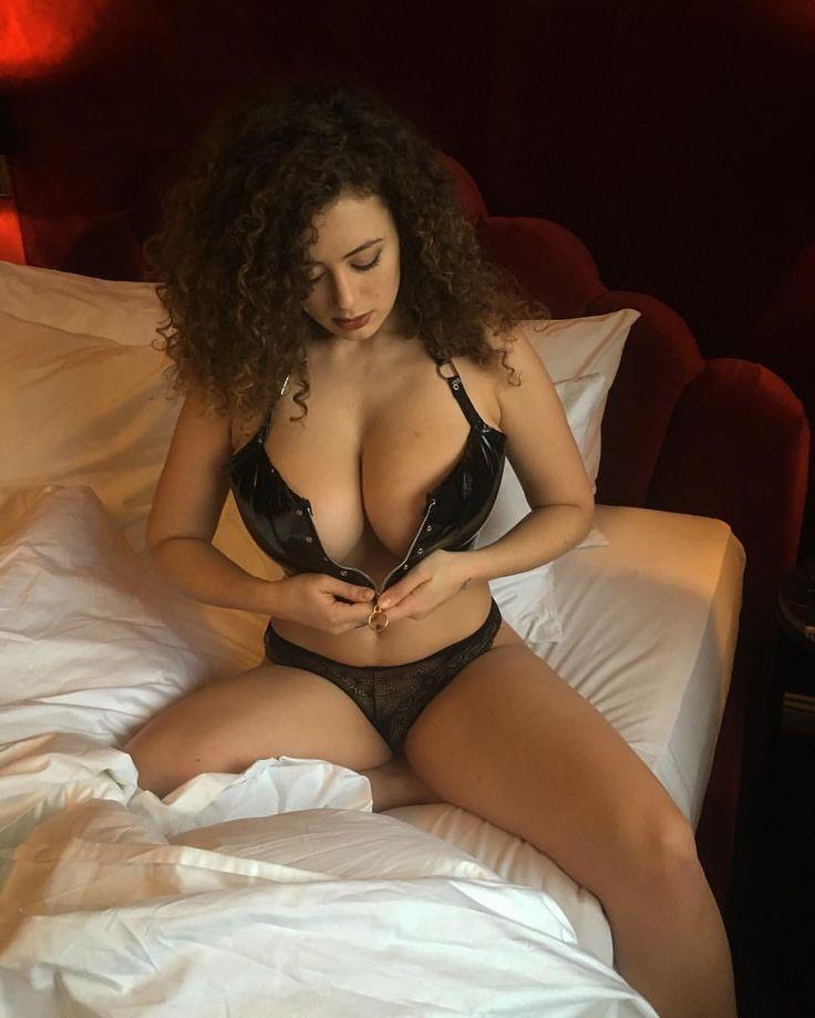 Leila Lowfire Sex