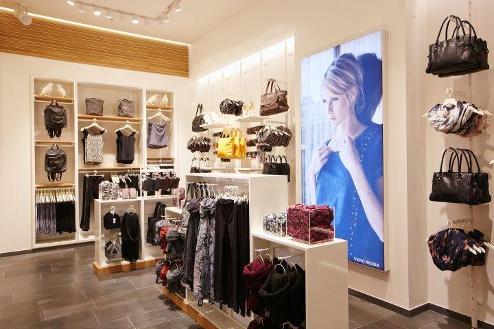 Vero Moda Flagship Store at Alexa Mall by Riis Retail Berlin 09