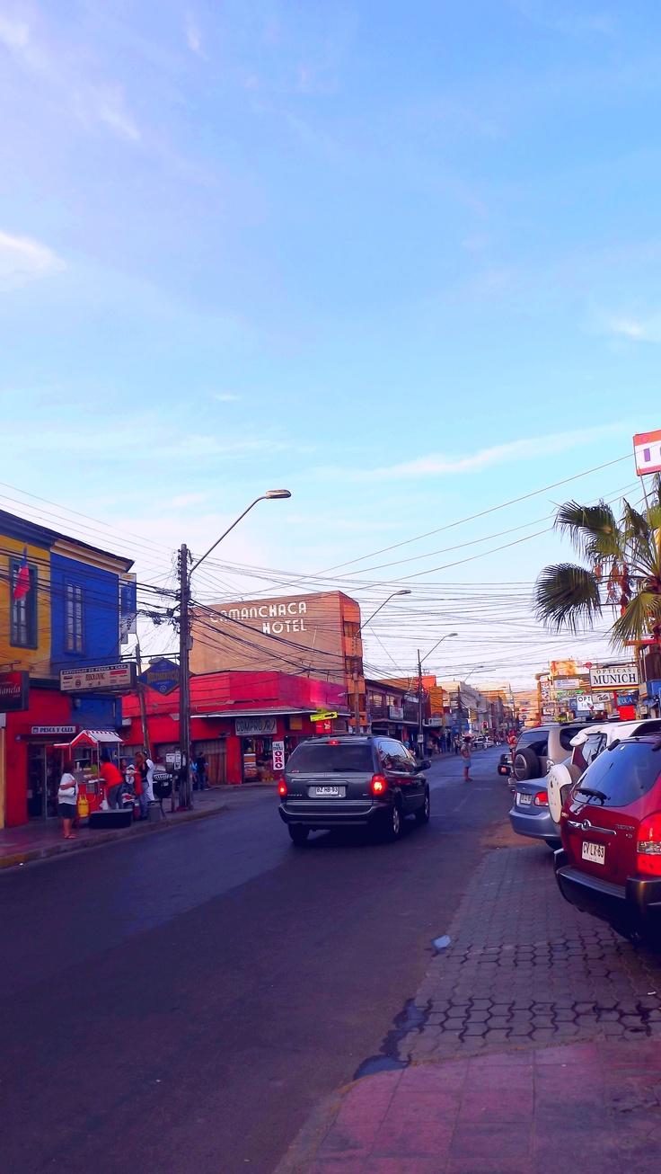 Vivar esquina Zegers (Centro de la ciudad de Iquique Chile)