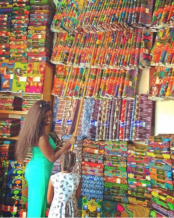 Makola market, Accra, Ghana w/ @badassboz | #visiterlafrique #Ghana #Voyage…