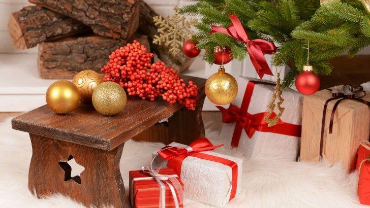 Bolas De Navidad En El Banco - Fondos de pantalla HD. Fondos de escritorio. Protectores de pantalla. Wallpapers HD. Fondos de pantalla.
