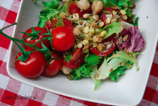 Letnia sałatka z winegretem - Nie(tylko)kuchnia