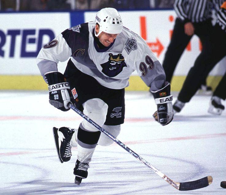 Los-Angeles-Kings-uniform-1996-Wayne-Gretzky_0.jpg (1064×920)