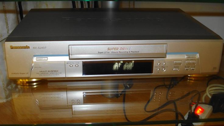 Video Cassette Recorder - Panasonic NV-SJ407