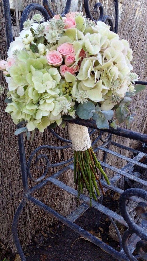 M s de 25 ideas incre bles sobre arreglos de hortensias en - Decoracion con hortensias ...