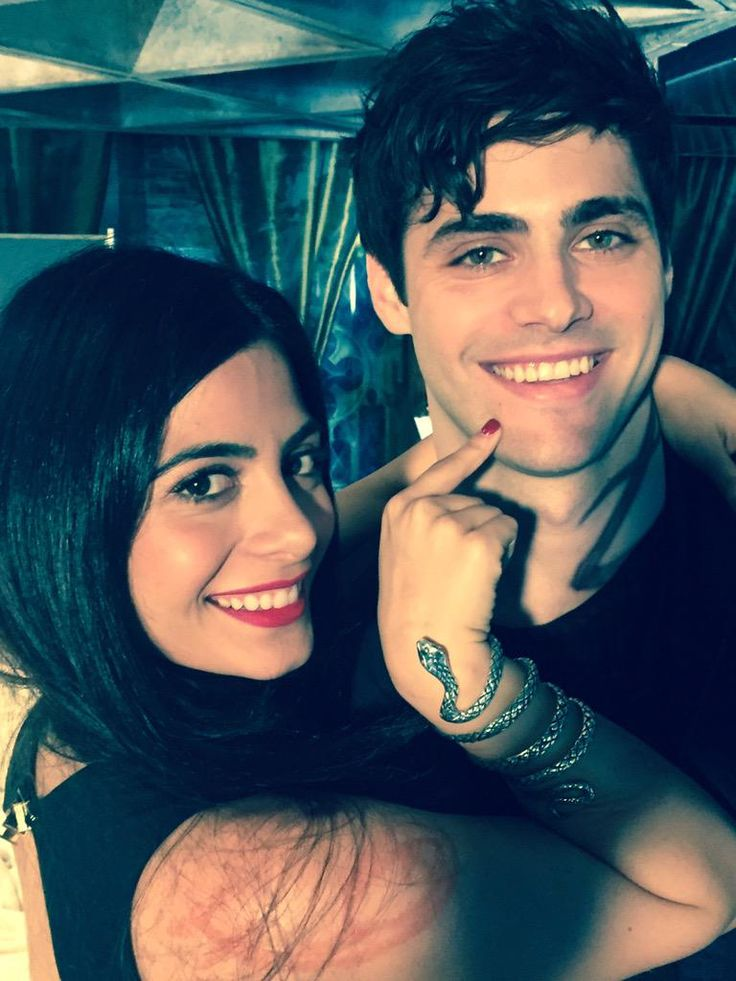 Alec is so hot omg The new Lightwood siblings are so gorgeous