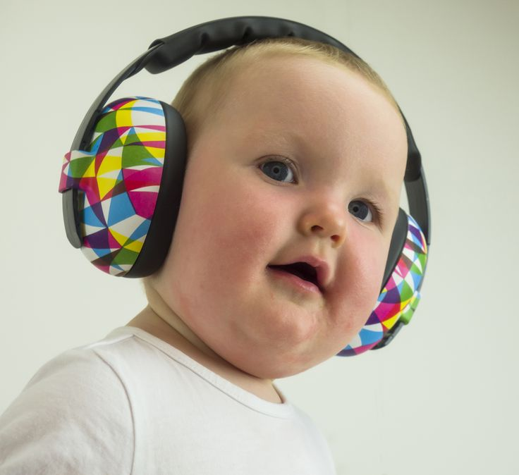 Uber cute - and her hearing is safe! Baby Banz Mini Muffs from the Patternz range in 'Geo' - $49.99, suit under 2 years. Get yours here: http://babybanz.co.nz/product_info.php?cPath=156&products_id=1273