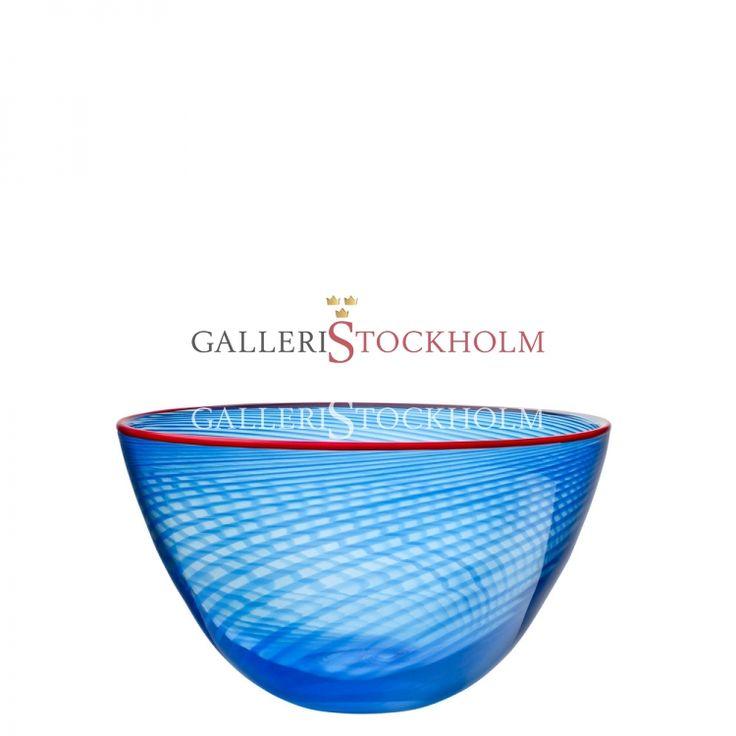 Bertil Vallien - Glaskonst - Red Rim liten blå skål Beställ här! Klicka på bilden.