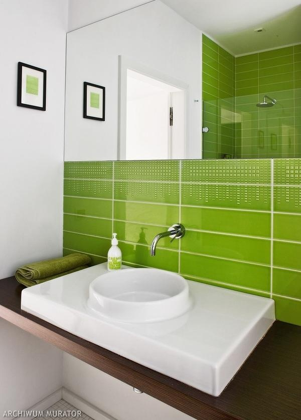 green bathroom bathrooms pinterest badezimmer gr n und gr ne b der. Black Bedroom Furniture Sets. Home Design Ideas