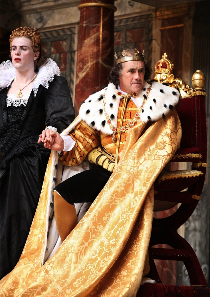 Richard III directed by Tim Carroll,  Johnny Flynn as Lady Anne, Mark Rylance as Richard III (C) Simon Annand     http://www.shakespearesglobe.com/theatre/on-stage/richard-iii-2012