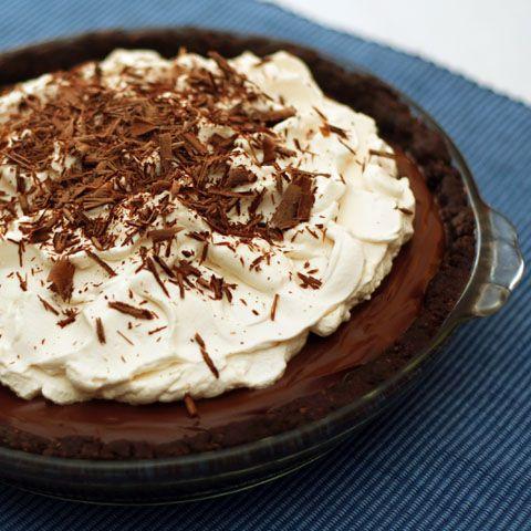 Chocolate Cream Pie with Chocolate-pecan Crust Chocolate dreams,chocolate,#dessert,#chocolate