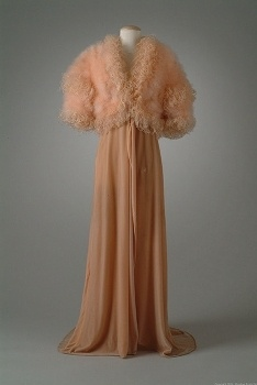 Pink velvet dressing robe with pink marabou and curled ostrich feathers, 1934: Costume 1930 S, Clothing Vintage 1930S, Vintage Fashion, 1930S Fashion, Fashion 1930S Pinks Purples, Fashion 1920S 1930S, Costume Collection