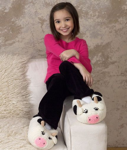 Cow Slippers free crochet patterns for women and kids slippers