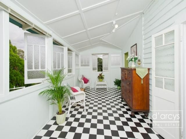Old queenslander verandahs google search ideas for our for Front door queenslander