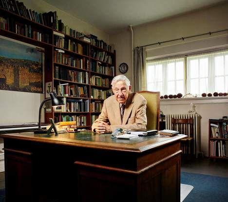 Oud-huisarts Hans Moolenburgh (91) strijdt al zijn hele leven voor een natuurlijke aanpak van ziektes. Terwijl de alternatieve geneeskunde net weer ...