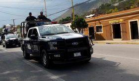 Durante operativo en la mixteca se recuperó un automóvil con reporte de robo