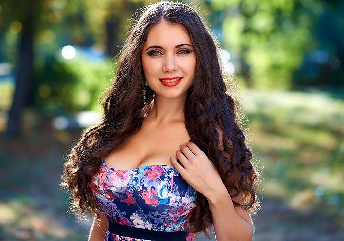 Young Russian girl Natalia from Odessa, 26 yo, hair color Brown