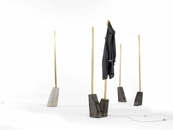 NEWS 2016 VIL lamp by Mogg / Design by Noro Khachatryan, 2016 Lampada da terra con base in cemento nero. La versione appendiabiti necessita l'unione dei due steli (VIL A + VIL B). Floor lamp with black concrete base. The coat hanger version requires the union of the two spars (VIL A + VIL B). #mogg #moggdesign #Vil #NoroKhachatryan #floorlamp #lamp #coathanger #lampada #lampadaterra #appendiabiti #Interior #Design #InteriorDesign #ItalianFurniture 