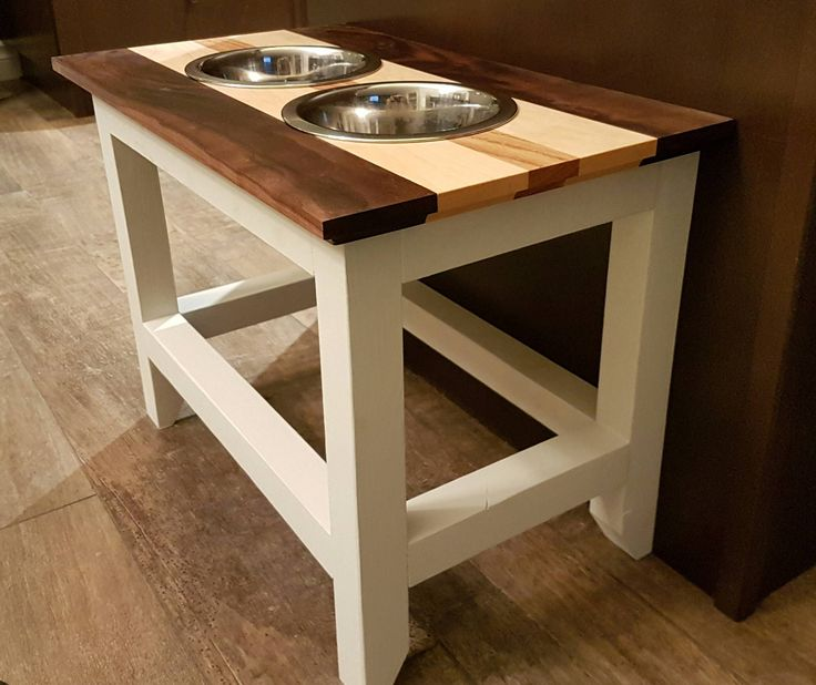 Raised dog bowl stand for my fur child http://ift.tt/2hhdTXS
