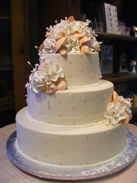 triple swiss dot wedding cake 17 best images about subtle ivory amp on 21270
