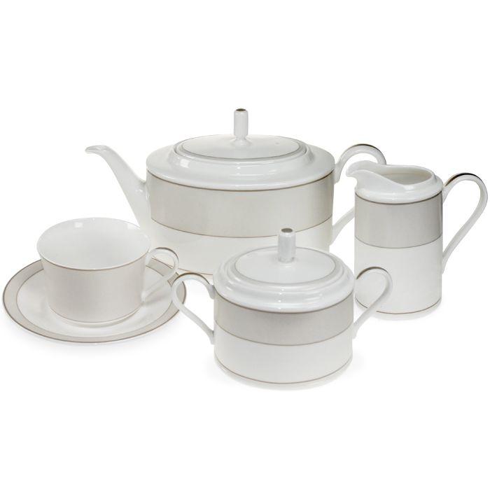 Сервиз чайный, 6 перс, 17 пр, Брызги шампанского  Посуда из костяного фарфора. Комплектация: 6 чашек, 6 блюдец, 1 чайник (крышка), 1 сахарница (крышка), 1 молочник.
