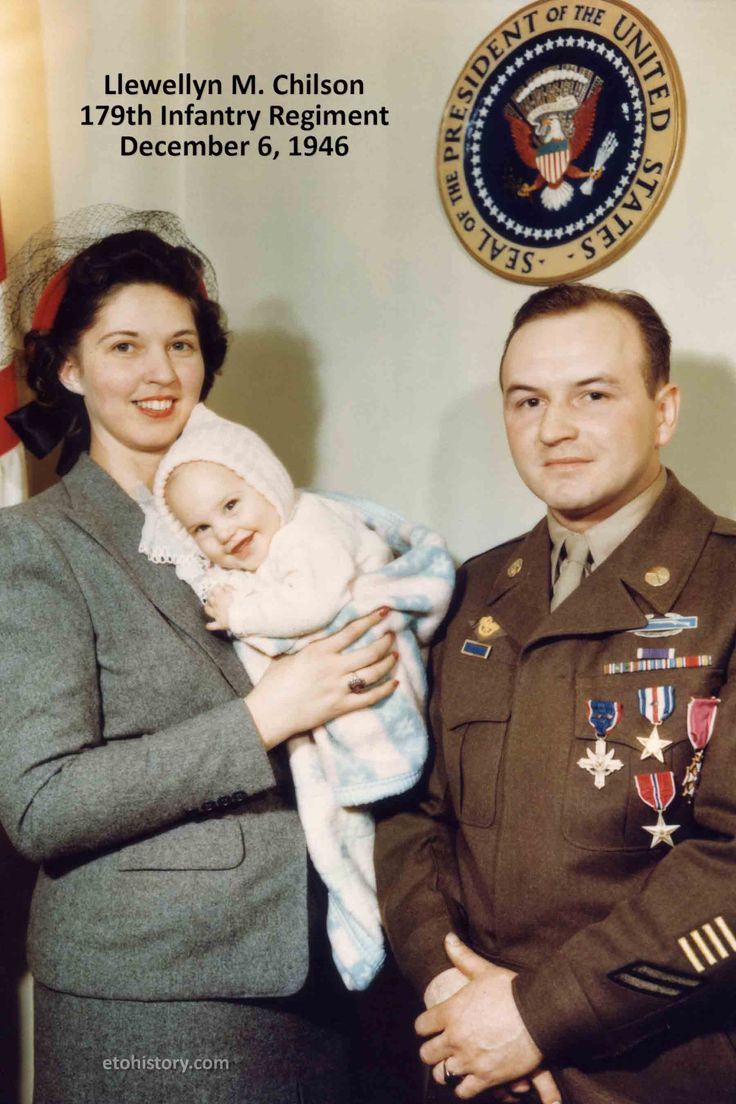 December 6, 1946: Technical Sergeant Llewellyn M. Chilson from Malvern, Pennsylvania, with his wife and daughter following the White House ceremony in which the former infantryman received seven decorations from President Truman. The decorations included the Distinguished Service Cross with two oak-leaf clusters, the Silver Star Medal with one oak-leaf cluster, Legion of Merit, and the Bronze Star Medal.