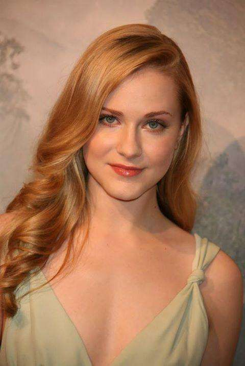 The Hottest Women With Strawberry Blonde Hair Light