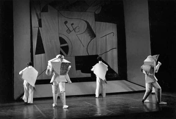 KM : Victoire sur le soleil, opéra de 1913, costumes, décors et lumières de KM (reconstitution moderne) Avec Matiouchine et Alexis Kroutchenykh