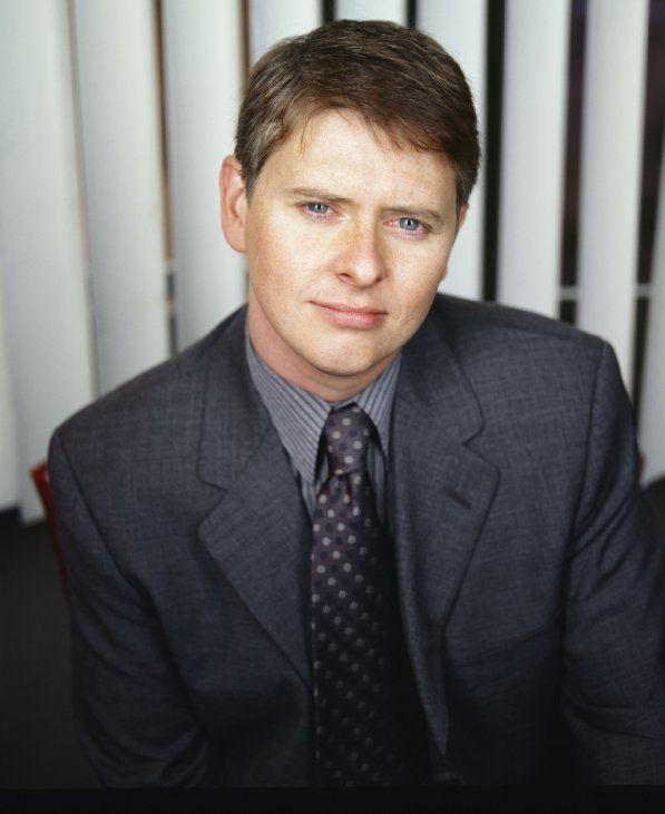 Still of Dave Foley in NewsRadio (1995)