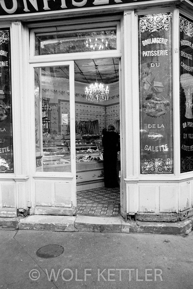 17 best images about boulangeries on pinterest french pastries shower time and most beautiful - Moulin a cafe boulanger ...