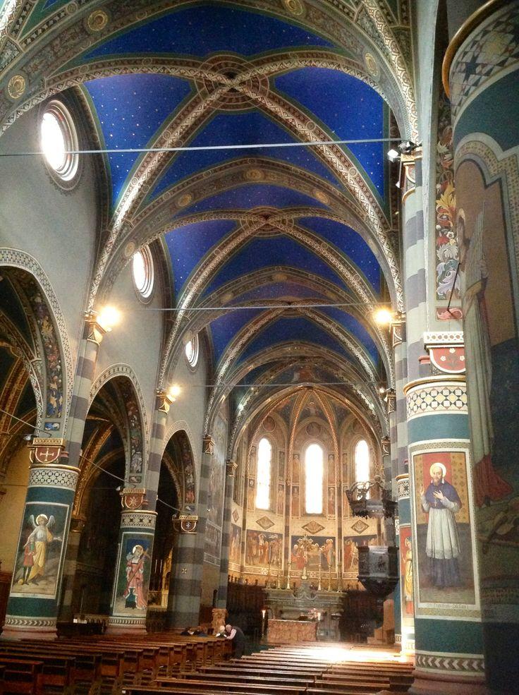 I bellissimi interni del #Duomo di #Pinerolo Province of Turin, Piemonte....visitato oggi!!!