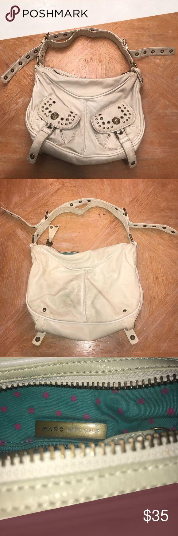 Gently used Marc Jacobs Handbag Gently Used White leather Marc Jacobs handbag Marc Jacobs Bags Hobos