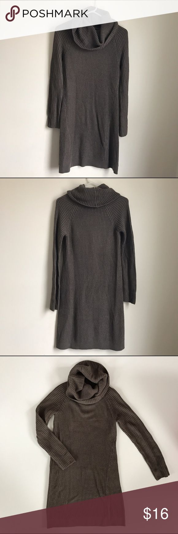 Weekend Deals🎈Taupe Cowlneck Sweater Dress Knit sweater dress. 100% soft acrylic. In great condition. Nice with knee boots, booties. Design History Dresses Midi