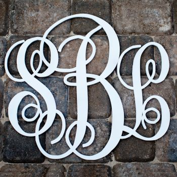Reasonably priced monogram wood letters and other monogrammed stuff! southernpropermonograms.com