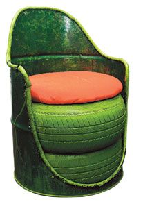 Great garden seating. Oil drum, two tyres and a seat pad.