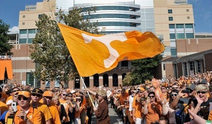 2014 Tennesse Volunteers Recruiting: Talking With Tennessee Commit Victor Wharton III