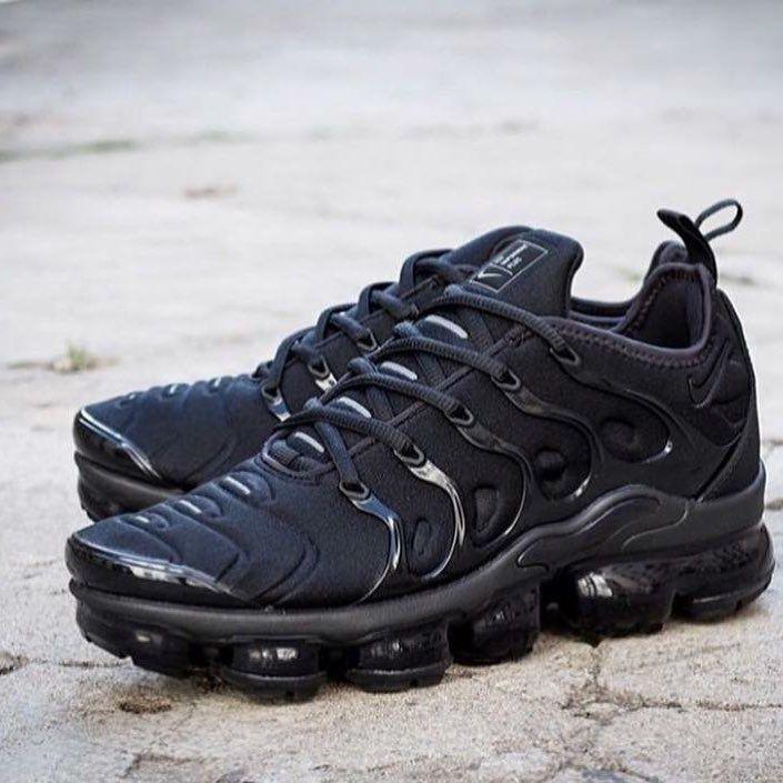 promo code 01901 08b9f Nike Vapormax Plus (#nike) relógio adidas (brinde) Valor ...